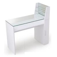 ネイルテーブル
