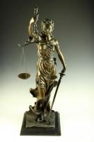 テミス「正義の女神」